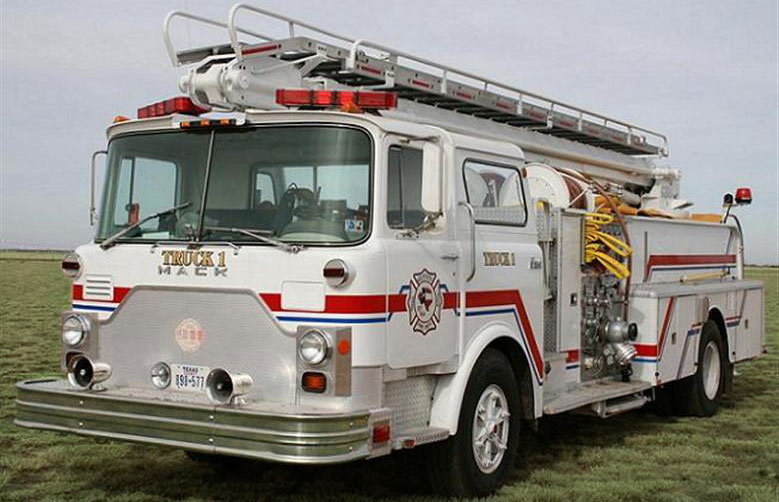 Truck 1: Mack Ladder Truck